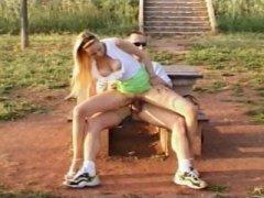 Photo Film porno de *Enculer sur la route des vacances* sur CduPorno.fr