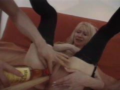 Photo Film porno de *Avec cette vieille salope c'est open no limit* sur CduPorno.fr