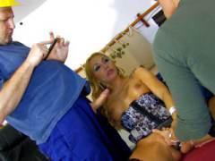 Photo Film porno de *Bourgeoise, elle se tape ses ouvriers* sur CduPorno.fr