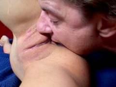 Photo Film porno de *C'est elle qui crache son jus sur son mec* sur CduPorno.fr
