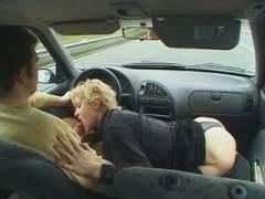 Photo Film porno de *Elle n'a pas le temps d'attendre pour se faire limer* sur CduPorno.fr