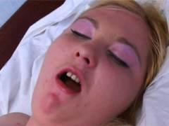 Photo Film porno de *Elle est moche, mais quelle salope !* sur CduPorno.fr